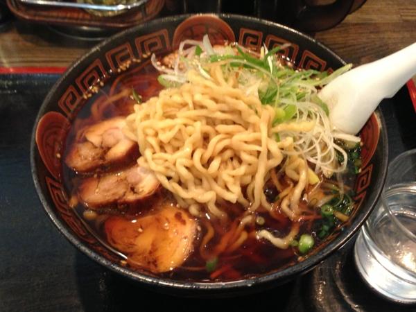 麺辰 特製鶏中華 麺