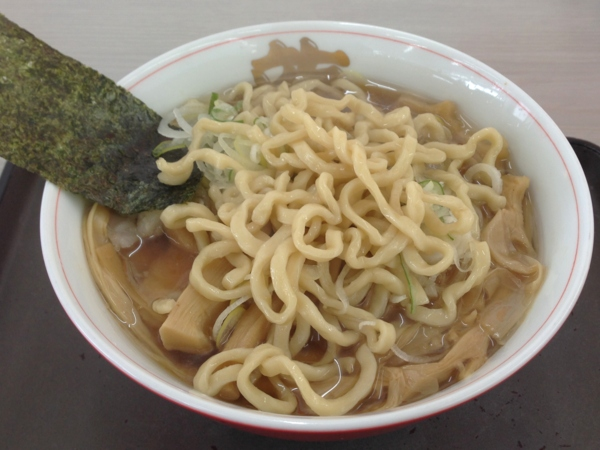 龍横健 肉そば小盛(バラ肉チャーシュー) 麺