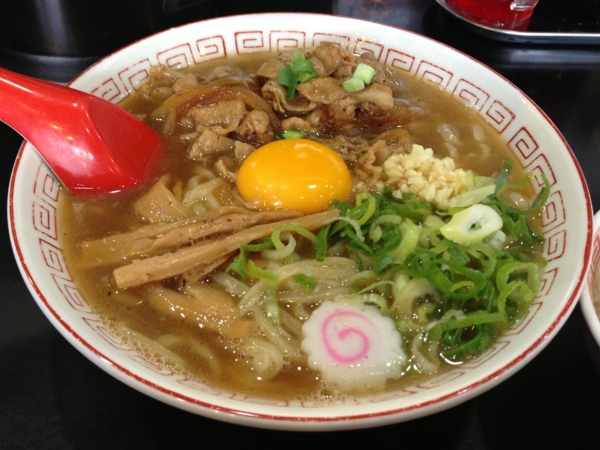 ぶたさぶろう 肉玉そば(太麺 ライス付き)