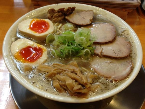 麺響 松韻 中華そば(こってり)大+甘口チャーシュー、煮玉子トッピング