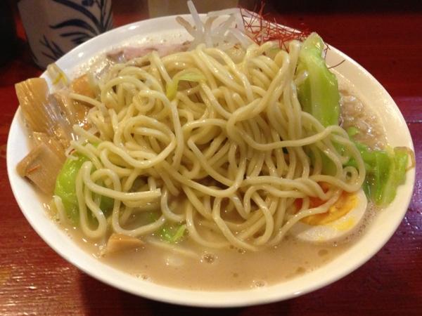 麺屋十郎兵衛 小次郎ホワイト 麺