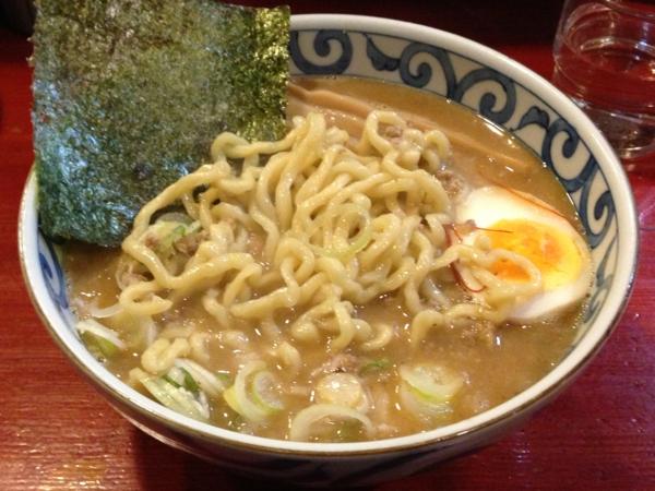 麺屋十郎兵衛 極太背脂味噌(三月限定) 麺