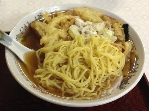 味よし味二番 天ぷら中華 麺