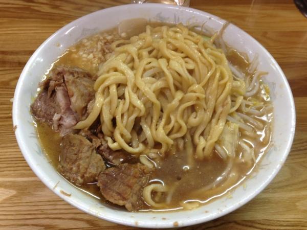 ラーメン二郎赤羽店 ラーメン(小) ニンニクアブラカラメ 麺
