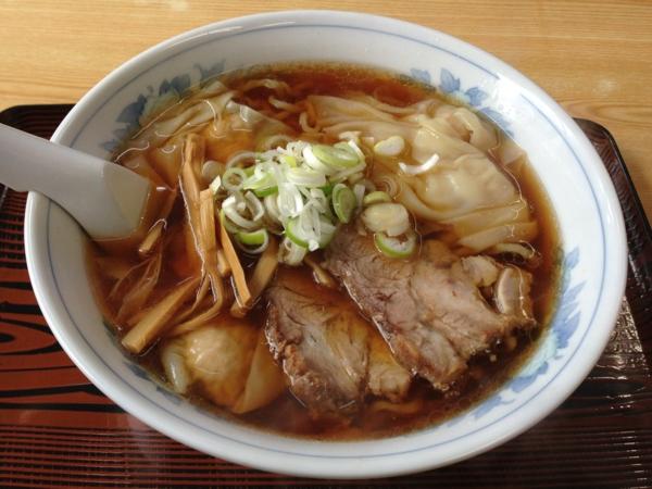 麺処味龍 ワンタン麺