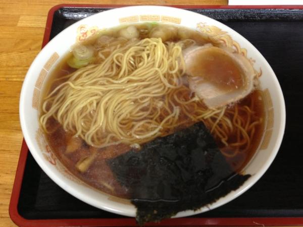 福龍 ラーメン(大盛り) 麺