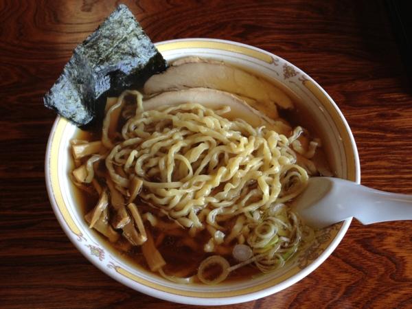 中華そば処琴平荘 極太麺中華そば(大盛り) 麺