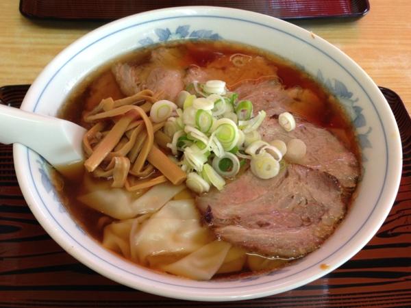 麺処味龍 チャーシューワンタン麺