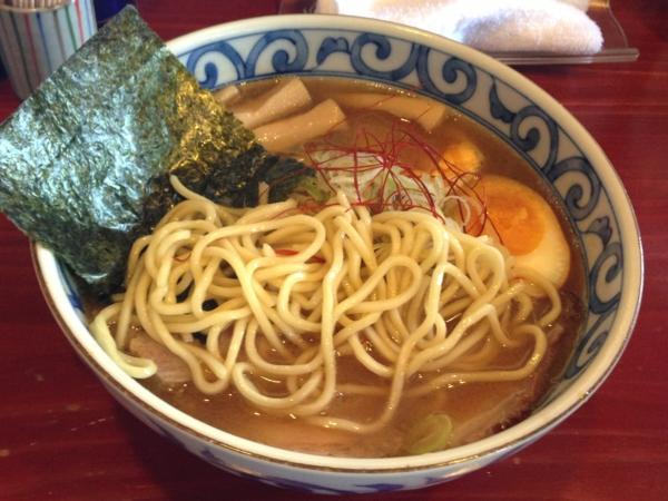 麺屋十郎兵衛 特製らーめん(限定燻玉Ver) 麺