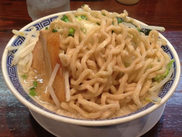 ラーメン無限大津田沼店 塩らーめん 麺