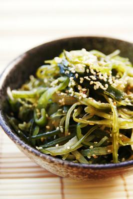 茎わかめのナムル F簡単でおいしい韓国料理のレシピ
