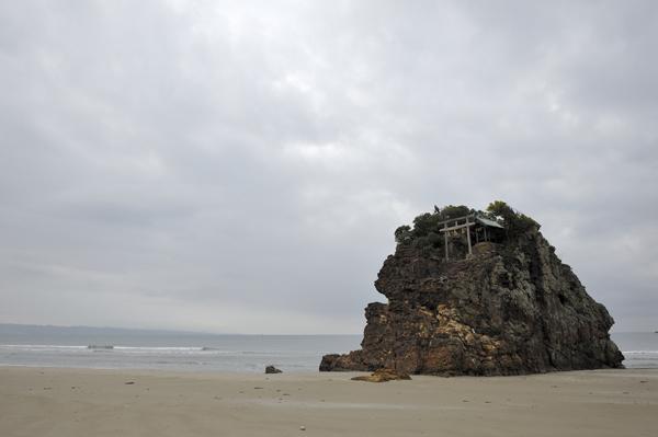 稲佐の浜、龍神様