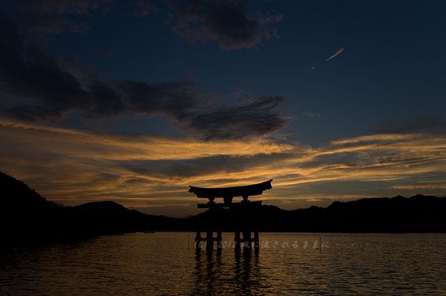 広島・厳島神社の夕日13