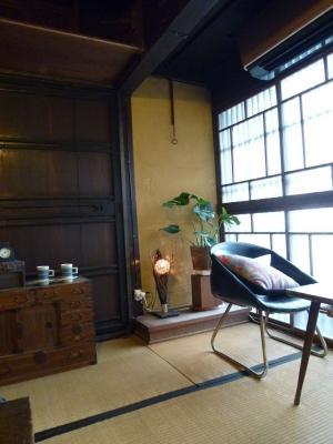 神戸ライフ:町屋カフェ