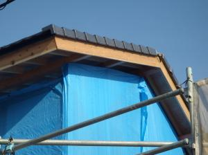 屋根瓦サイド