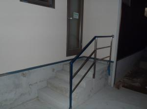 駐輪王階段手すり設置