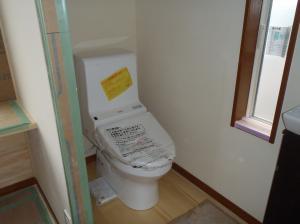 11月23日2階トイレ設置