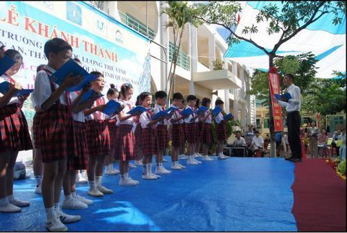 開校式合唱
