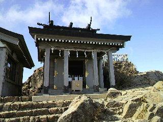 石鎚山頂上神社