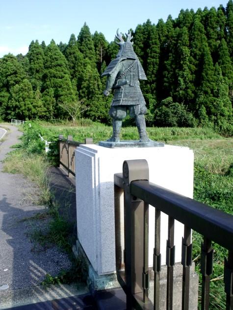 画像ー253 大多喜町・忠勝の像と柳原地区といすみ鉄道 022-2