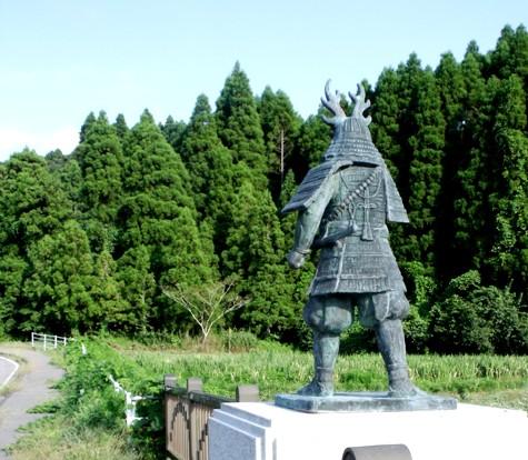 画像ー253 大多喜町・忠勝の像と柳原地区といすみ鉄道 022-3