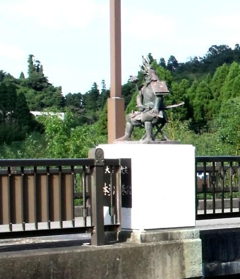 画像ー253 大多喜町・忠勝の像と柳原地区といすみ鉄道 039-5