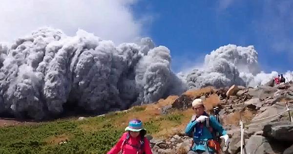 御嶽山の噴火JPG