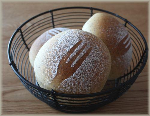 2012/11/20紅茶のパン1