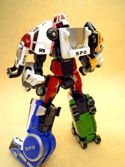dekaren-robo 02