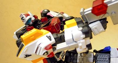 dekaren-robo 09