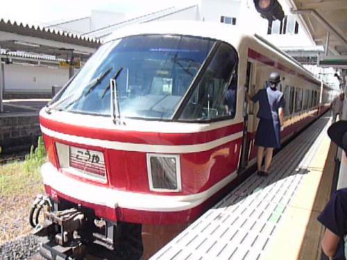 2012.08.04-高野山へ-橋本駅の列車04