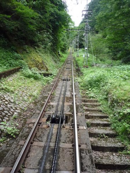 2012.08.04-高野山へ-極楽橋駅から高野山駅へ01