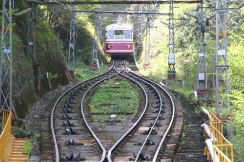 2012.08.04-高野山へ-極楽橋駅のケーブルカー06