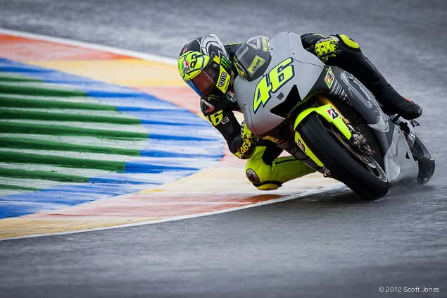 Valentino-Rossi-Valencia-Test-Yamaha-Racing-Scott-Jones-17.jpg