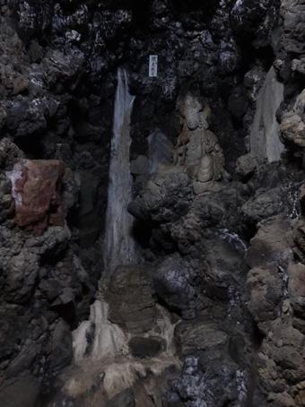 洞窟観音09