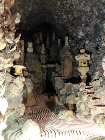 洞窟観音15
