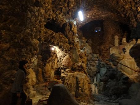 洞窟観音18