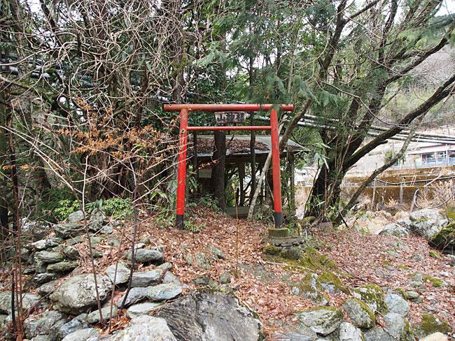 黒藤川(長崎)・山神様