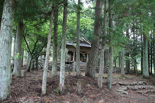 露峰・三訪神社