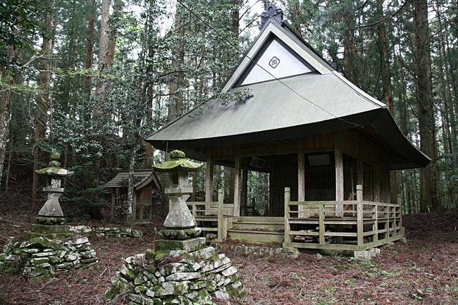 横山・白王神社