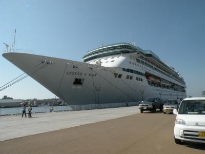 釧路港に豪華客船