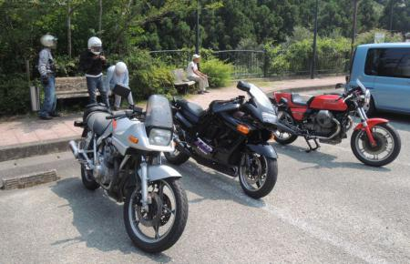 おじさんバイク1