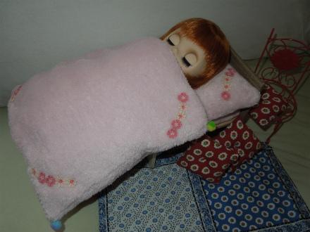 羊壁ハウスとベッド制作8