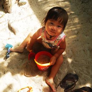 砂遊びコニ