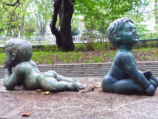 和田堀公園像