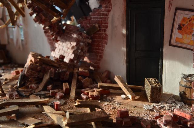崩れた壁2