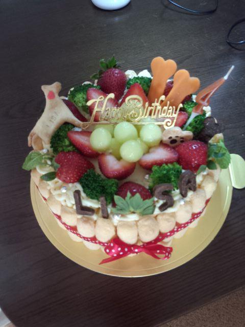 めっちゃ素敵な誕生日ケーキ