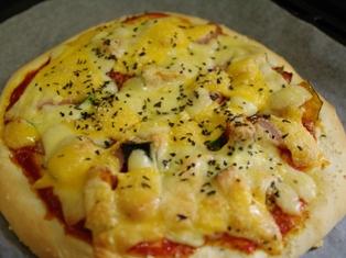 生地から手作り簡単ピザ08