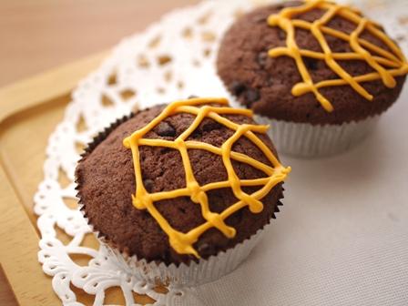 ハロウィンのチョコカップケーキ