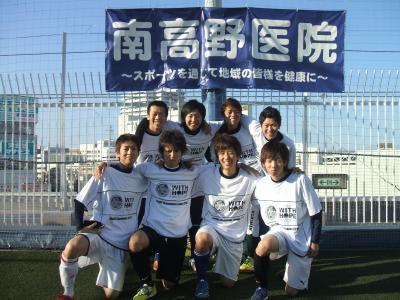 2012_1008+082_c.jpg